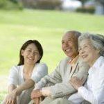 【悲報】高齢者はカラオケに行ってはいけない、2つの理由が明らかに!